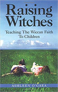 Raising Witches - Ashleen O'Gaea