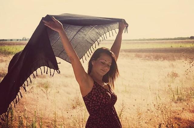 Sole e folate di vento