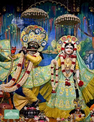 ISKCON Ahmedabad Deity Darshan 19 Sep 2019