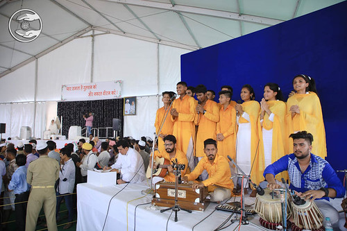 Sal Sangat of Patiala presented a group song