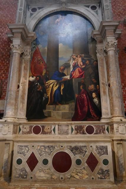 Autel de la Madonne de Ca'Pesaro, , basilique Santa Maria Gloriosa dei Frari, campo dei Frari, sestiere de San Polo, Venise, Vénétie, Italie.