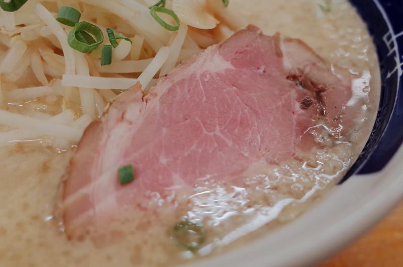 本郷三丁目ゆきラーメン山手味玉ゆきラーメンのチャーシュー