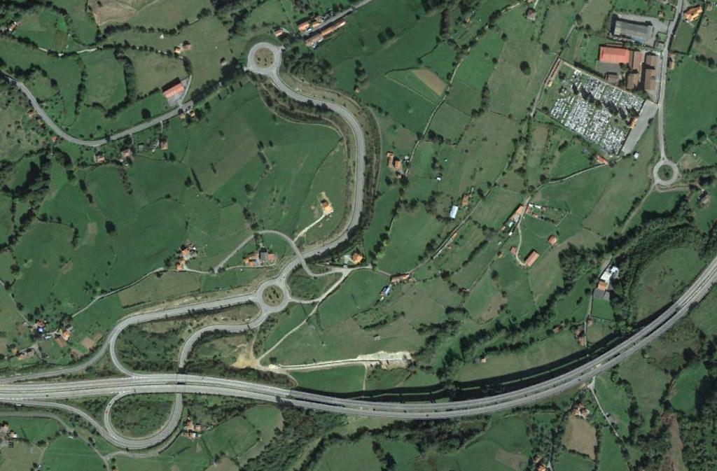 grado (oeste), asturias, mi rotonda sí es la más inútil de todo asturias, después, urbanismo, planeamiento, urbano, desastre, urbanístico, construcción, rotondas, carretera
