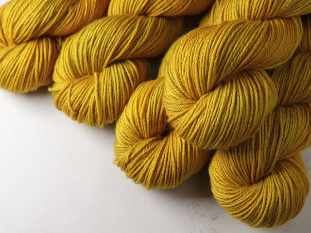 Dynamite DK – Pure British Wool superwash hand dyed yarn 100g – 'Colonel Mustard' (golden yellow)