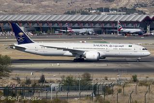 HZ-ARB Boeing 787-9 Saudi Arabian Airlines Mardrid airport LEMD 15.08-19