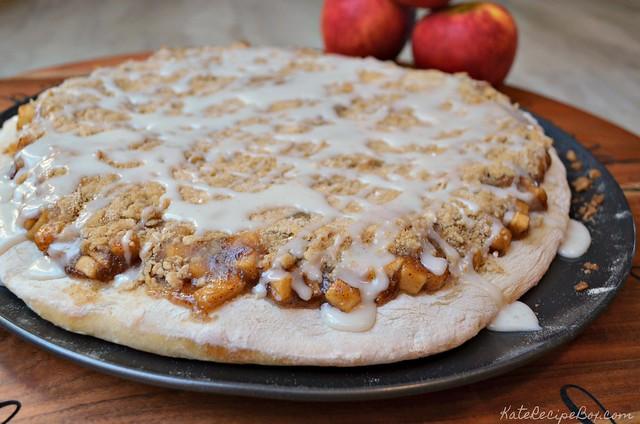 Apple Pie Pizza 3