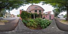 360° | Schlossbergturm im Vorgarten