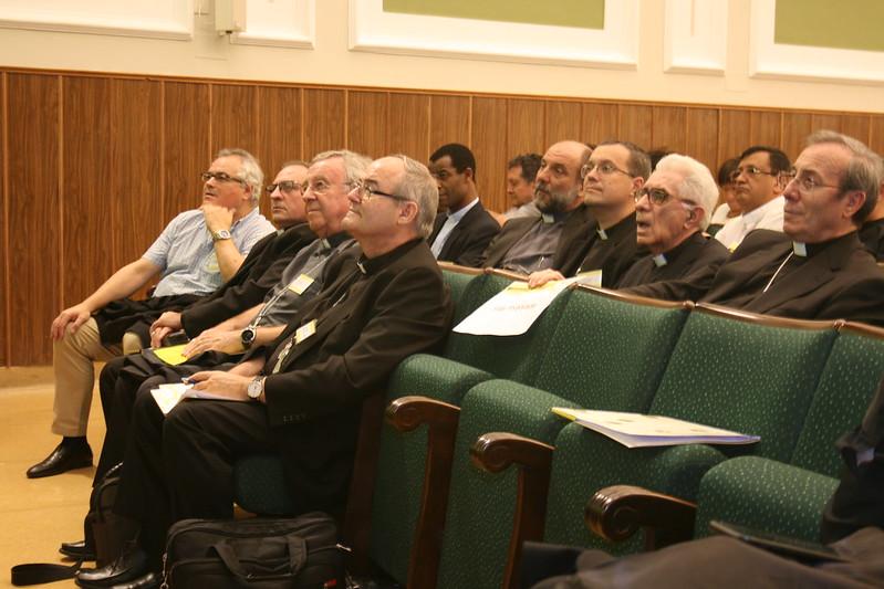 Obispos en el Congreso de Misiones