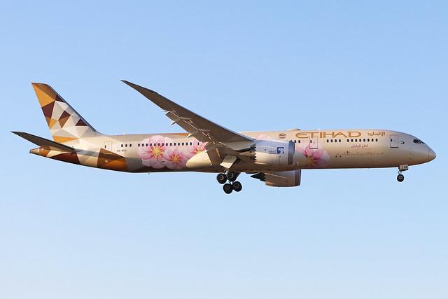 A6-BLK  -  Boeing 787-9  -  Etihad (Adnoc livery)  -  LHR/EGLL 19/9/19