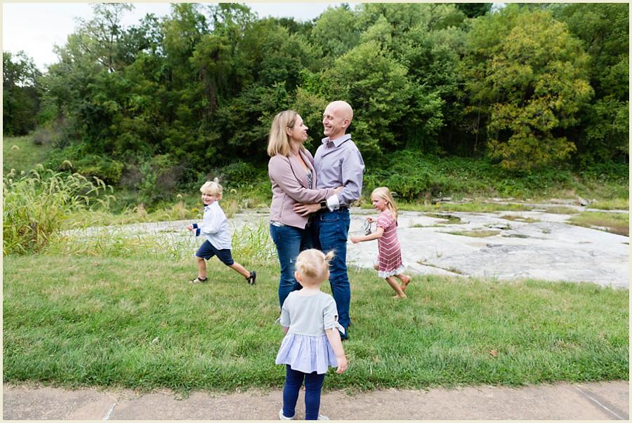 jenmadiganphotography-iowacityfamilyphotographer-chagrinfallsfamilyphotographer-shakerheightsfamillyphotographer-ohiopfamilyphotographer-clevelandfamilyphotographer-7
