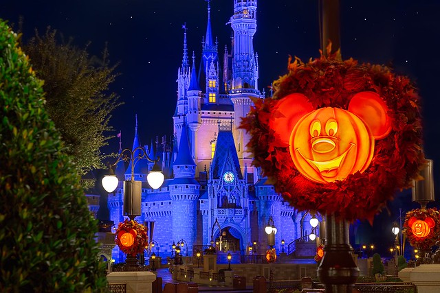 Castle & Pumpkins