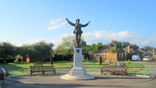 Maxwelltown War Memorial 1