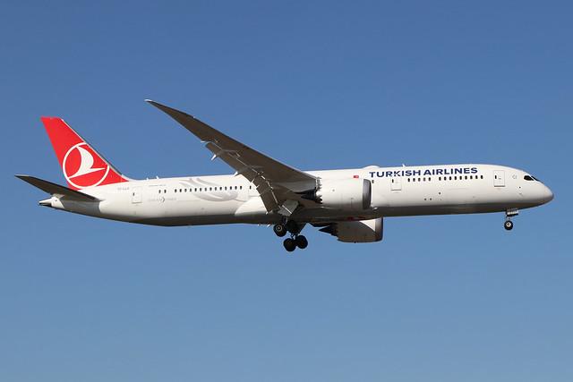 TC-LLC  -  Boeing 787-9 Dreamliner  -  Turkish Airlines  -  LHR/EGLL 19/9/19