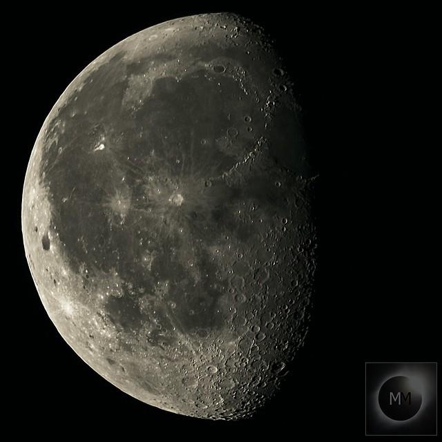 75% Waning Gibbous Moon 19/09/19