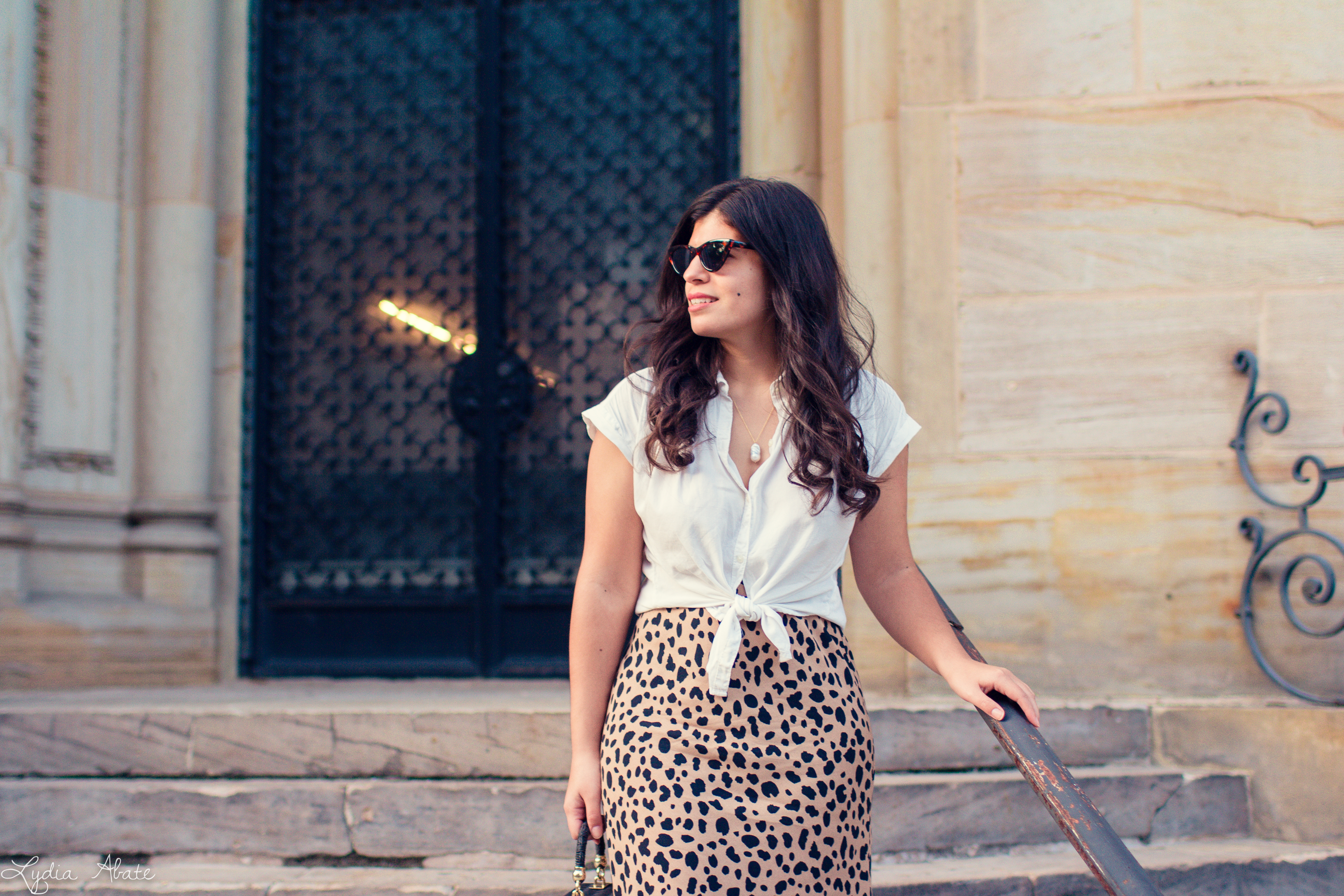 leopard midi skirt, knotted button down, straw box bag-2.jpg