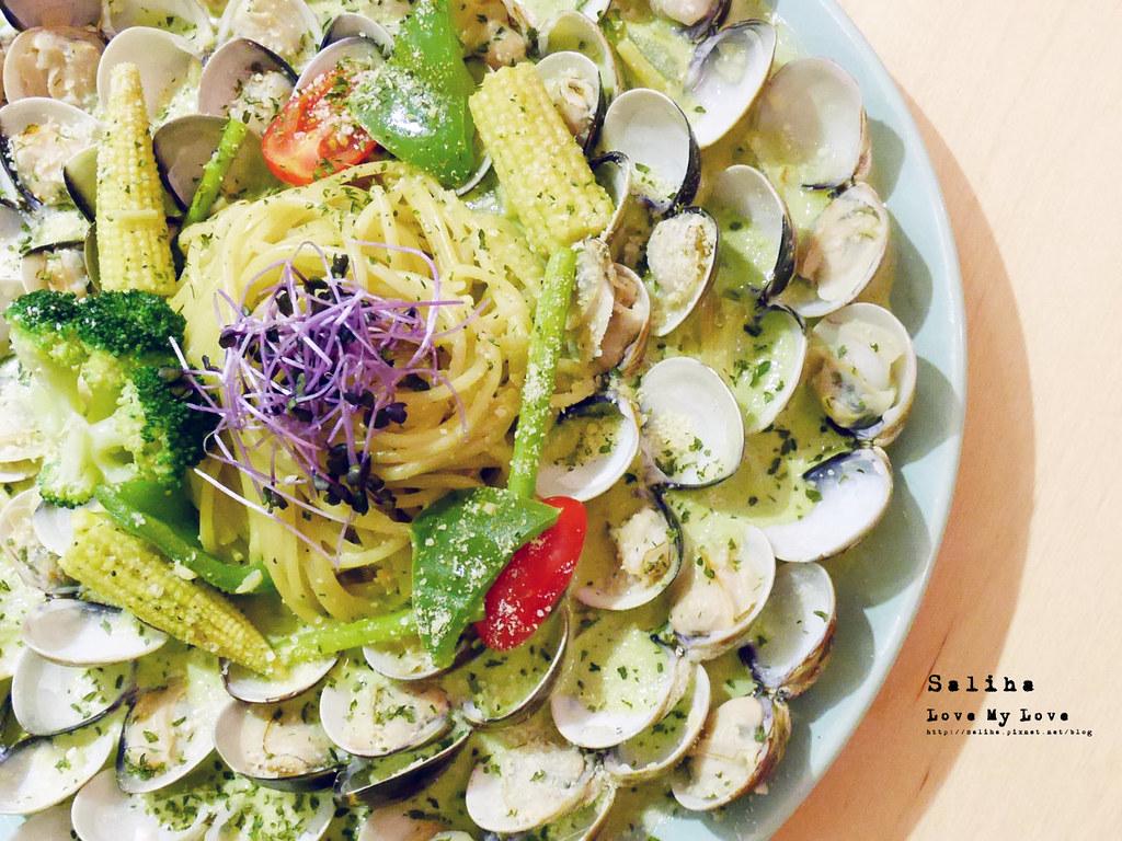 台北西門町美食推薦顛倒餐廳超誇張浮誇系痛風海鮮義大利麵 (2)