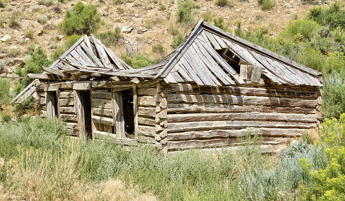 cabin decay pioneer ranch ninemilecanyon utah hdr nikon d750