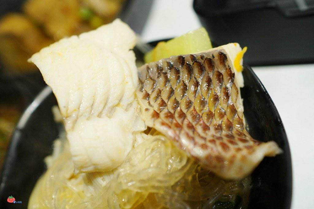 蘆洲小火鍋推薦老先覺冰淇琳白飯吃到飽
