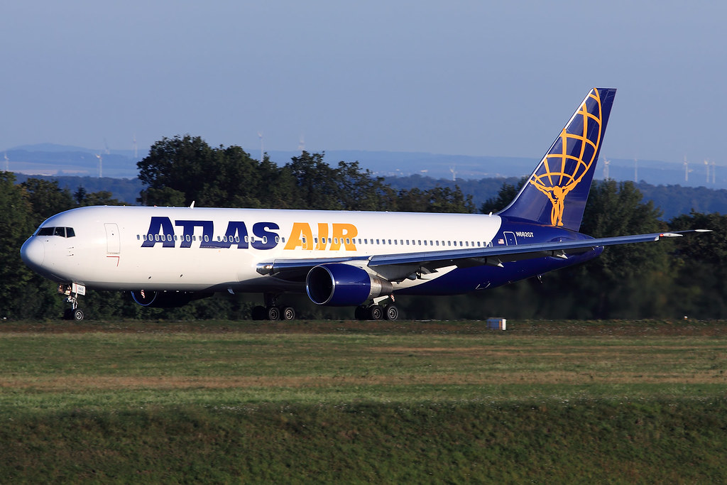 Atlas Air  Boeing 767-31A(ER) N662GT