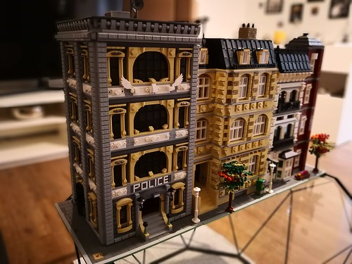 Lego city moc inspired by bricky brick
