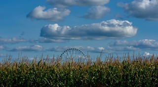 Ferris Wheel somewhere in a cornfield !  This  Mondail ferris Wheel is here for repair and is going to London ! | by claudiadvries