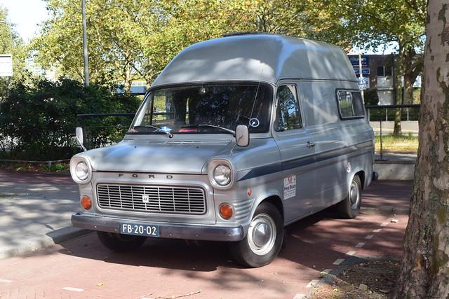 Ford Transit 100 kampeerwagen 1974