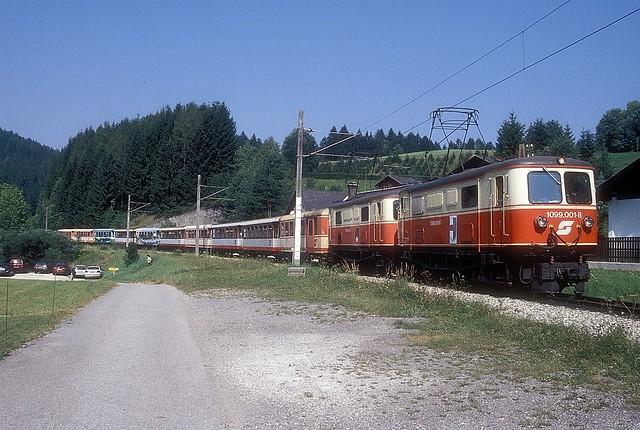 1099 001 + 004  Wienerbruck - Josefsberg  19.08.01