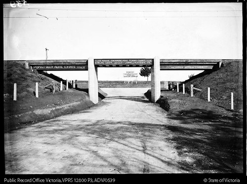 Railway bridge over Alvie Road looking south towards Windsor Avenue and Glen Alvie Estate, circa 1930