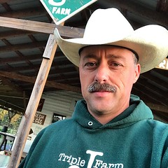 A rare sighting this morning at Triple J Farm: a farmer selfie. I'm just so happy that I had to wear a sweatshirt during morning chores! Love this cooler weather...51°