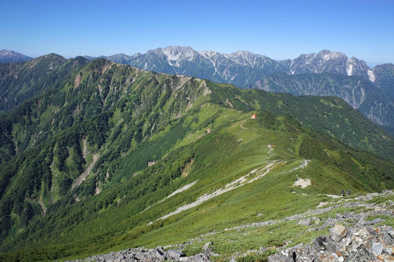 北アルプス・爺ヶ岳山頂から眺める稜線と立山~剱岳