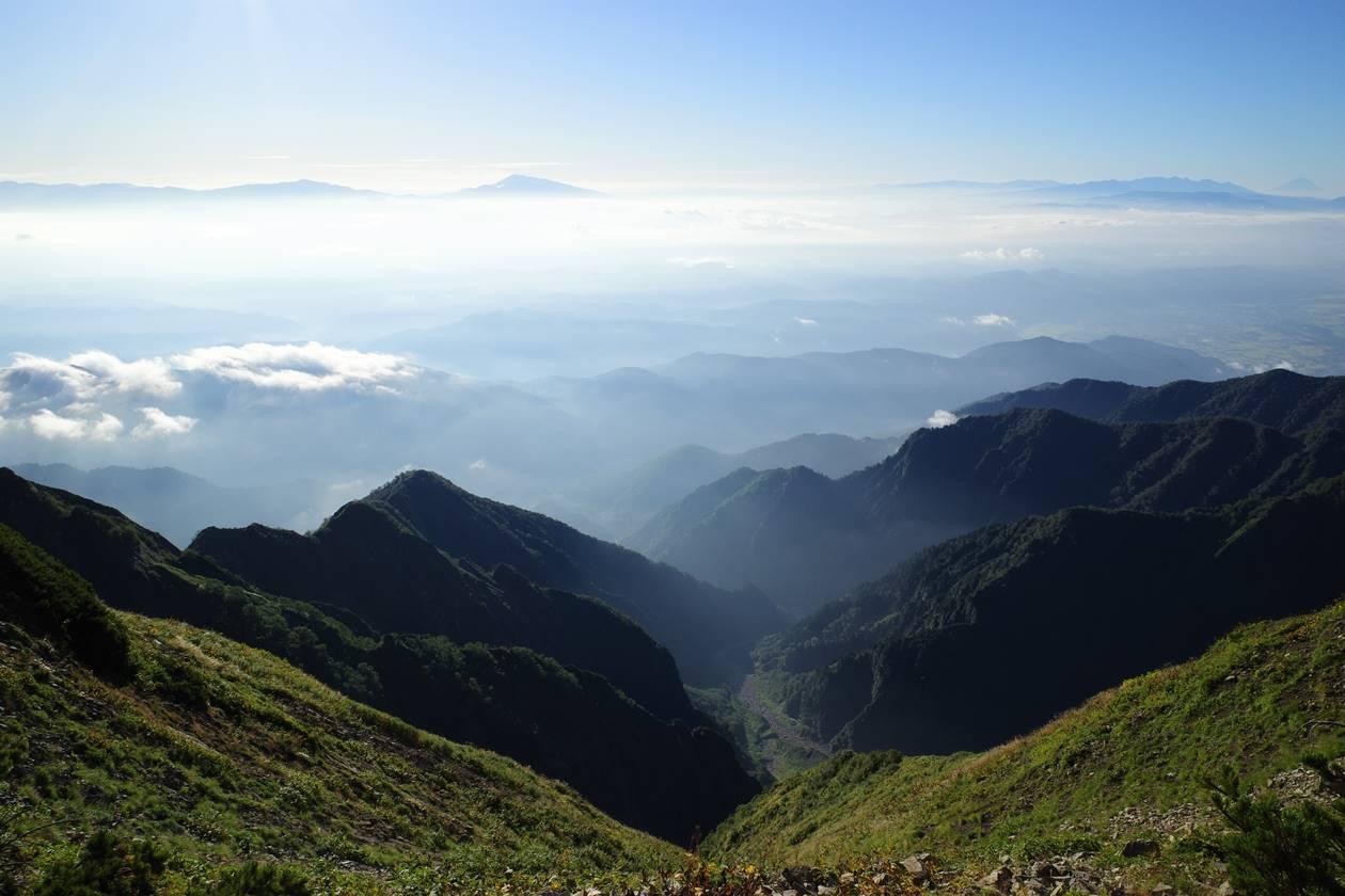 鹿島槍ヶ岳稜線からの展望