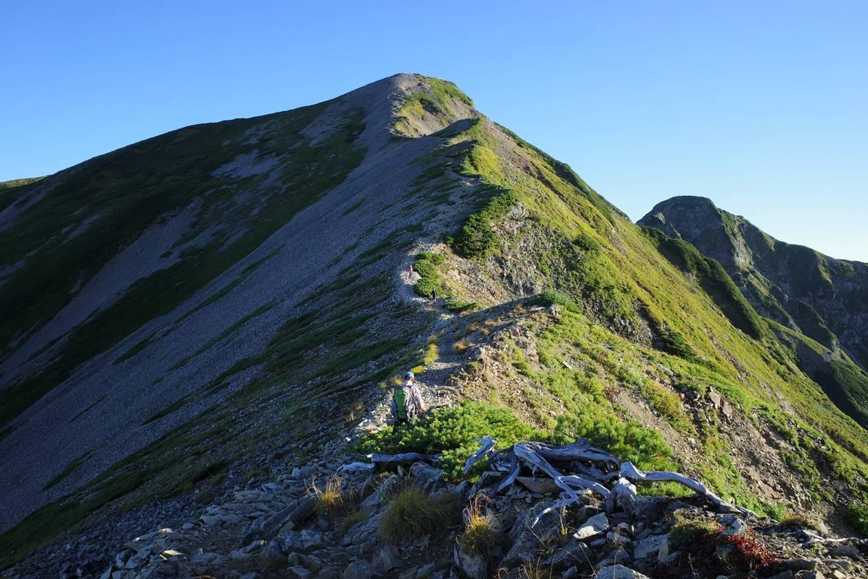 布引山から鹿島槍ヶ岳までの登り坂