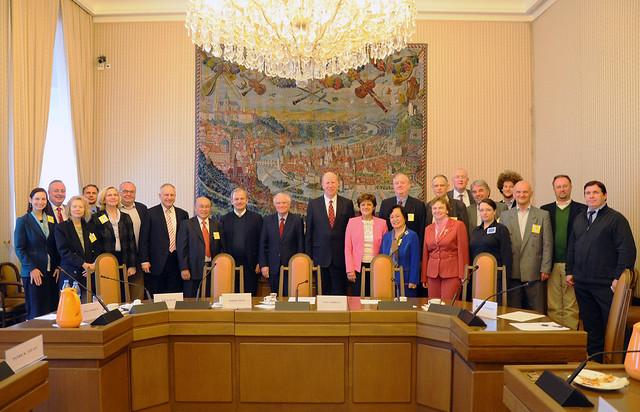 Czech-2016-04-11-Czech Parliamentarians Probe Paths to Peace