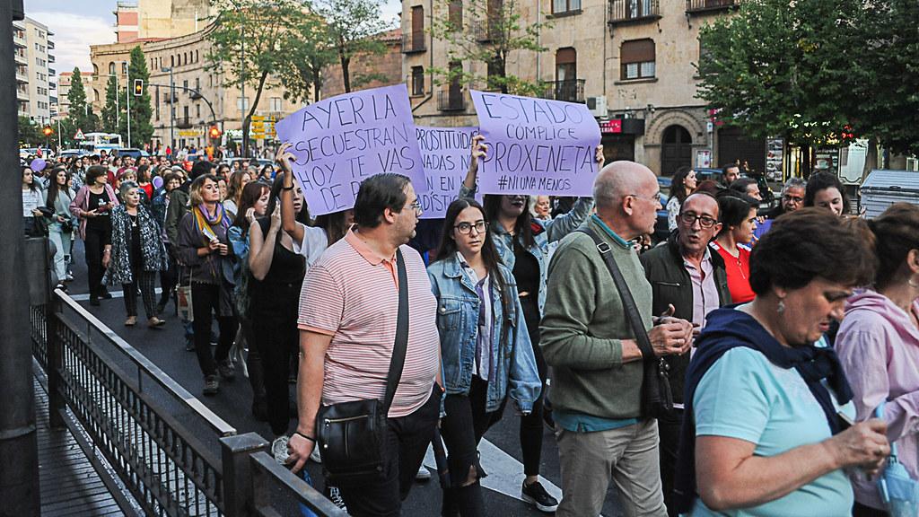 Manifestación violencia de género, noche violeta.  (36)
