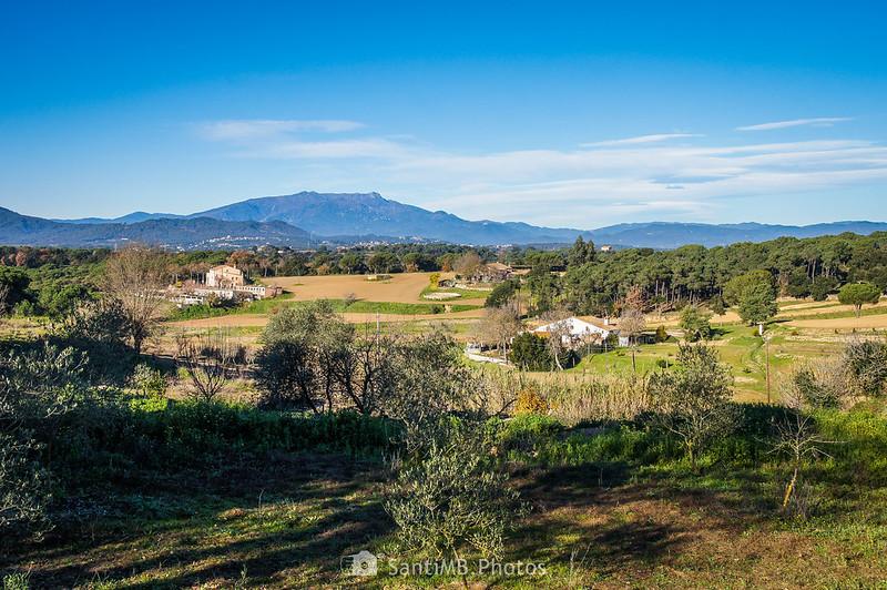 Vistas del Montseny desde el camino de la ermita de Sant Pere
