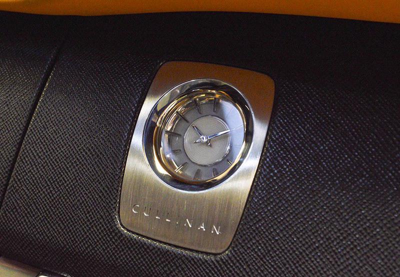 8667d229-rolls-royce-cullinan-tuscan-sun-exterior-5