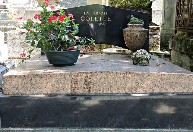 Pierre Lachaise Cemetery. Paris