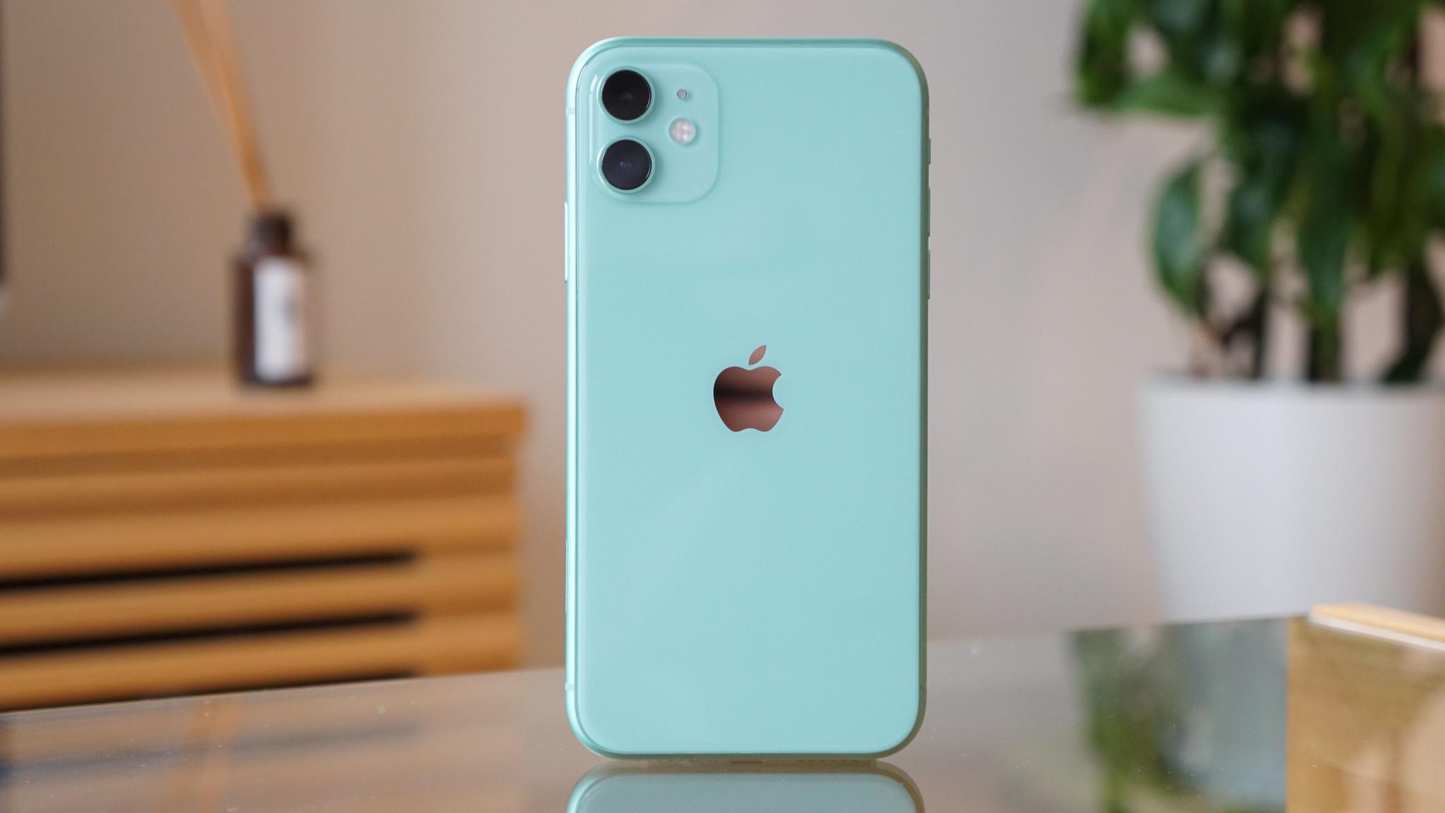 iPhone 11・11 Pro・11 Maxの違いを比較 - デザイン