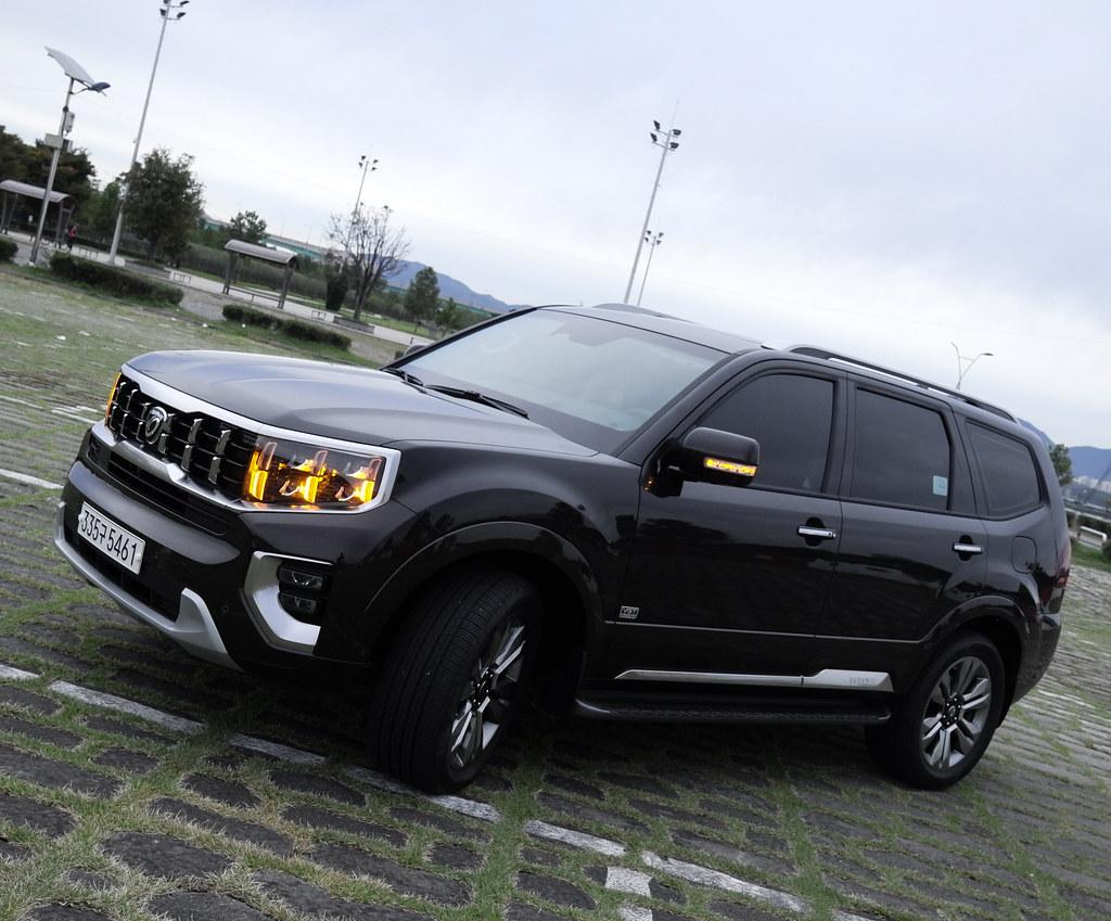 KIA MOHAVE SUV