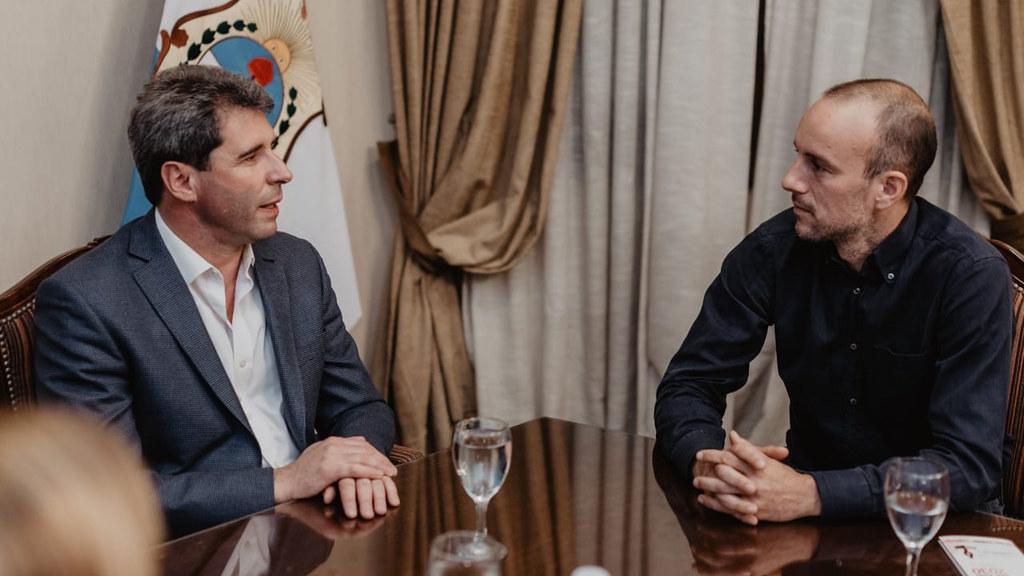 Uñac recibió a un empresario bonaerense interesado en el modelo productivo sanjuanino (3)