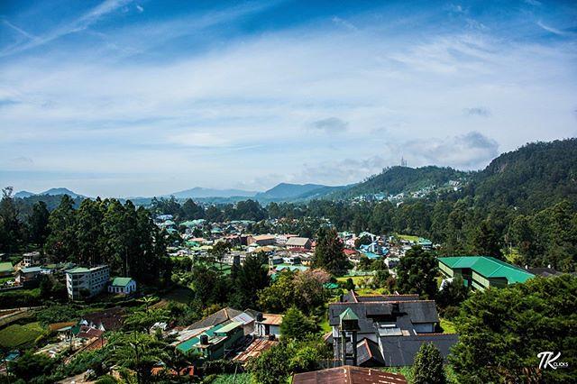 View of Nuwara Eliya on a perfect Sunday morning. #TKclicks #wanderlust #nuwaraeliya #srilanka #vsitsrilanka #srilankadaily #mountain #nature #hills #landscape #sky #skyporn #cloud #paradise #green #srilankatravel #srilankatrip #nikon #photography #travel