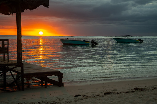 sunset boats sea ocean indian nikon d800 beach coast mauritius flic en flac clouds sand
