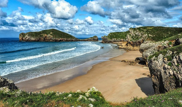 Playas de Celorio. Portiellu.  Asturias.