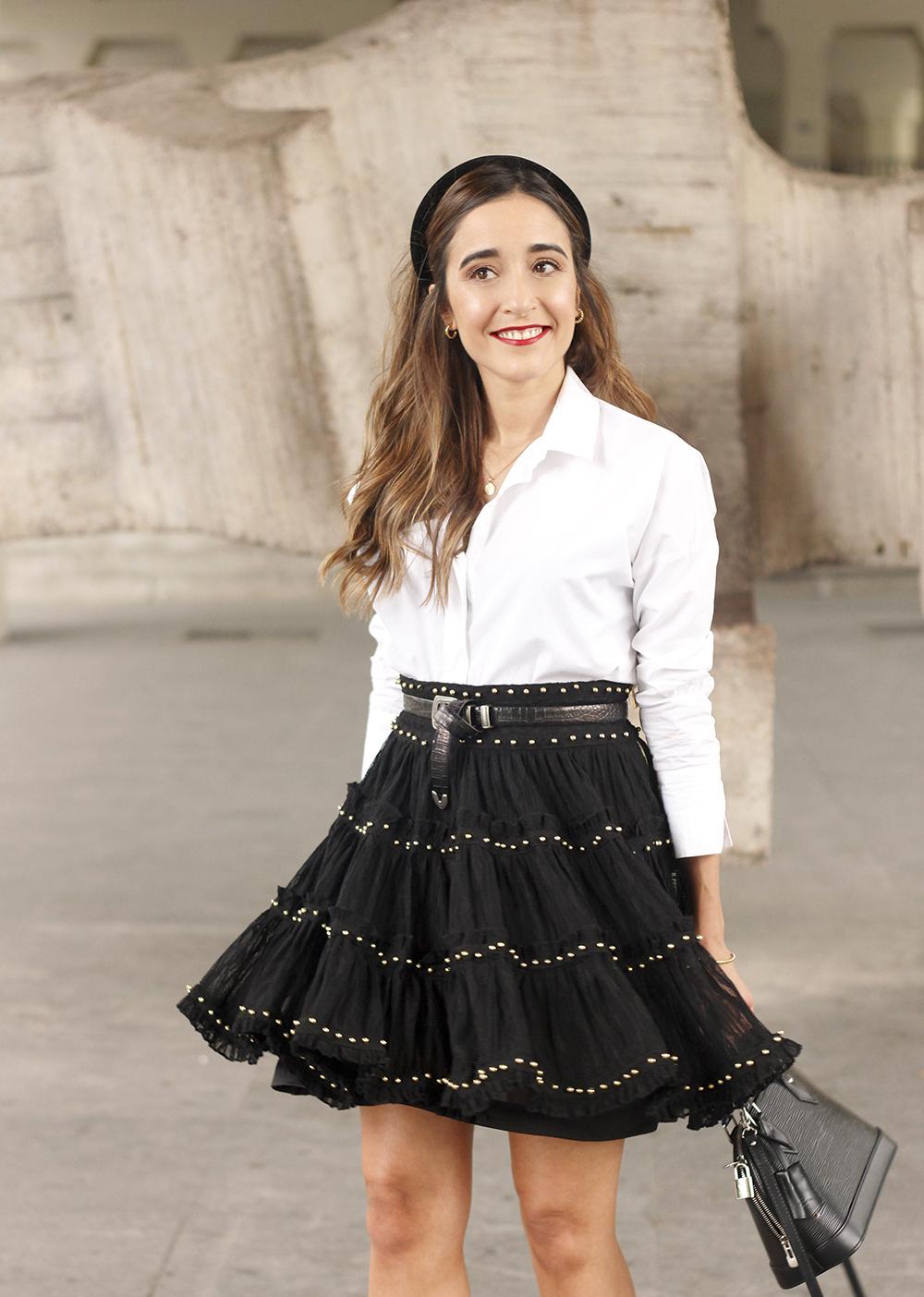 bandeau très preppy falda negra louis vuitton sac style de la rue tenue14