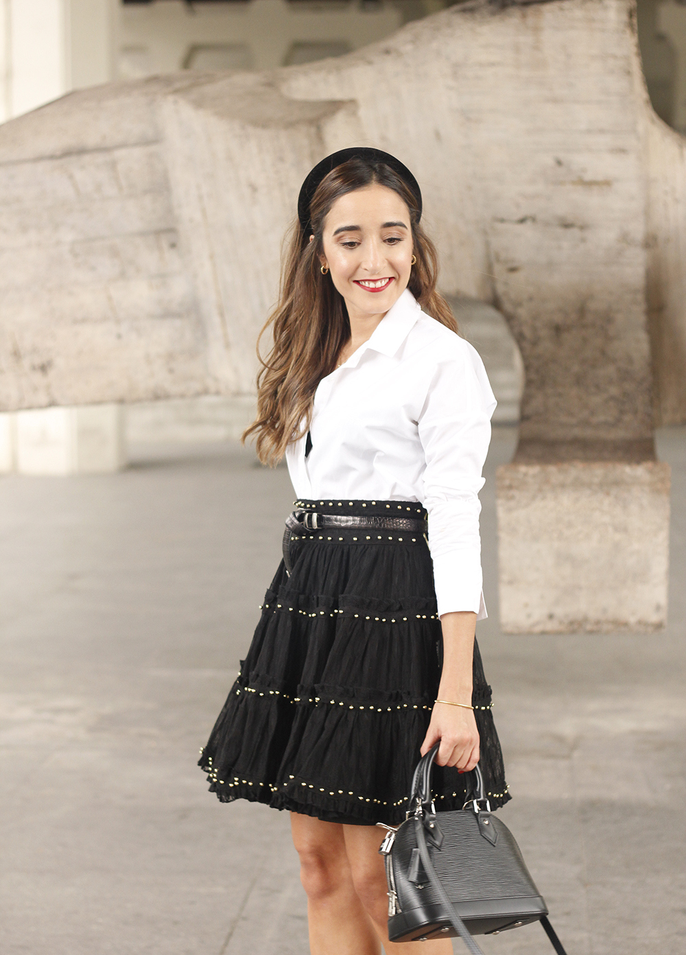 bandeau très preppy falda negra louis vuitton sac style rue outfit12