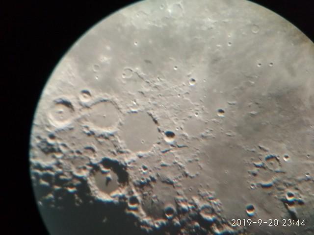 VCSE - Az Albategnius holdkráter környéke - Jandó Attila mobiltelefonos felvétele