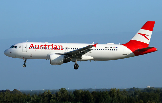 Austrian Airlines Airbus A320-214 OE-LBX