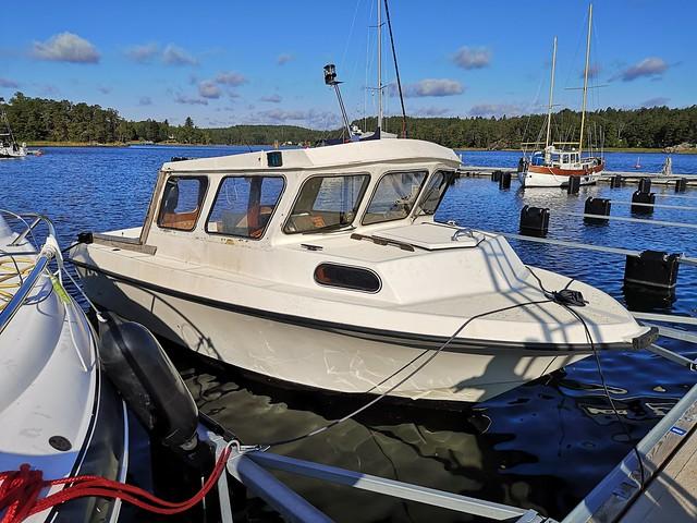 Tollare boat