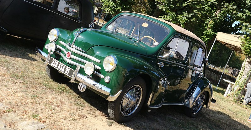 Renault 4 chevaux découvrable 9 518 exemplaires 1951/52   48769278868_e0a6920841_c