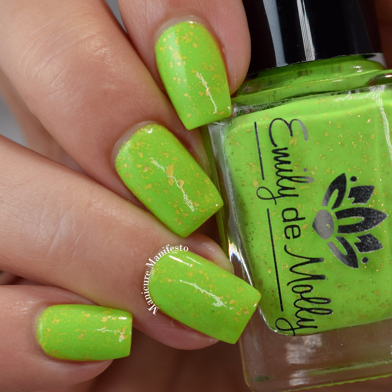 Emily De Molly Cake In A Crisis swatch